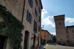 Scorcio di Piazza Roma e della Torre delle Prigioni di Castelvetro di Modena