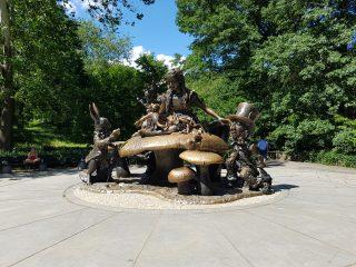 Statua di Alice a Central Park