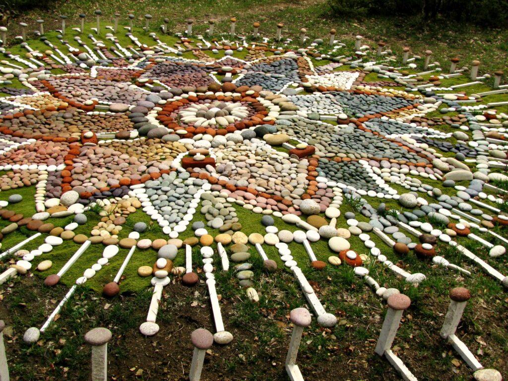 Mandala di Sassi a Selva di Sogno