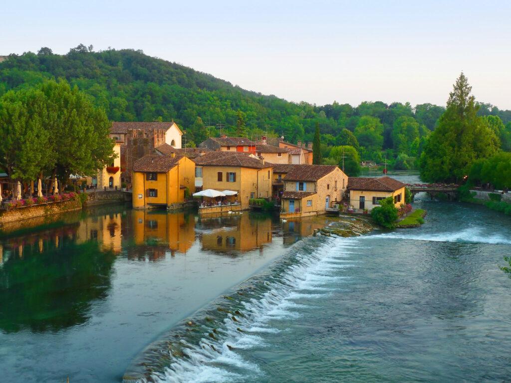 Vista di Borghetto sul Mincio a Valeggio sul Mincio in Lombardia