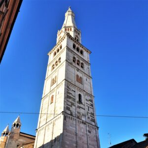 Modena - la Ghirlandina o Torre Civica