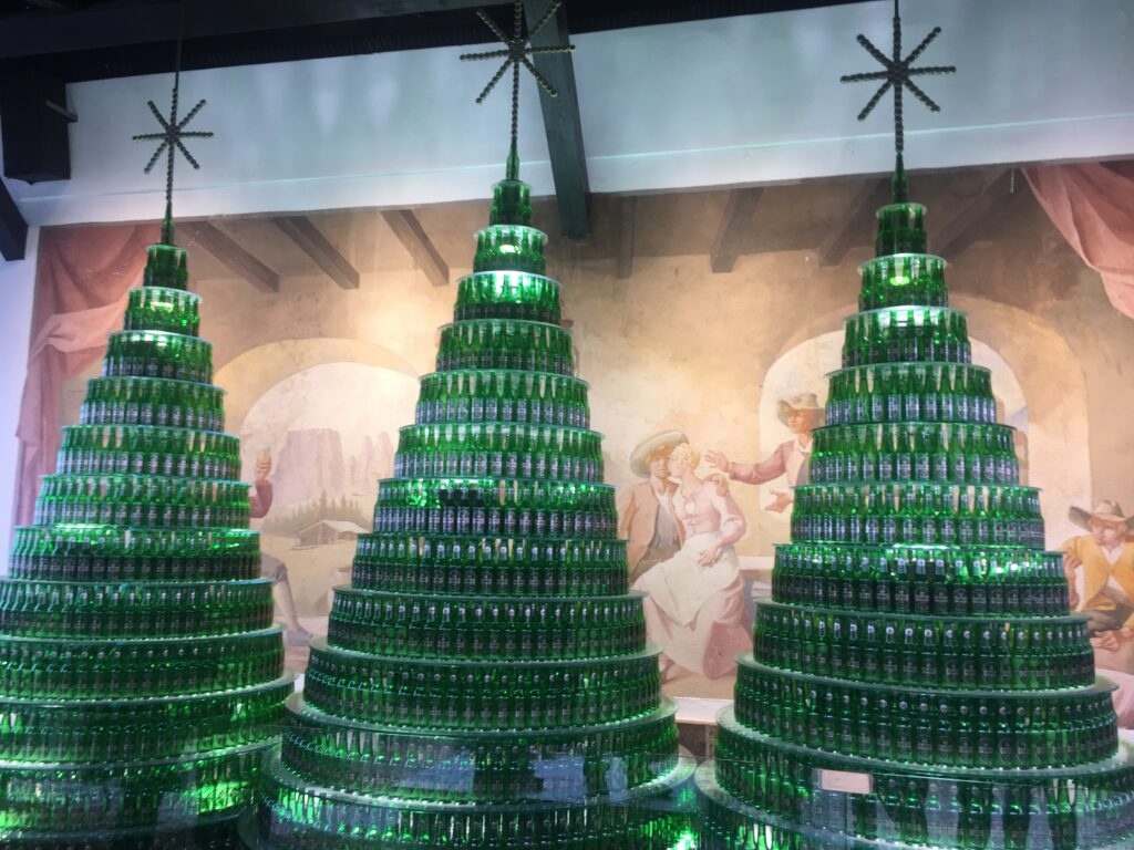 Le decorazioni natalizie del Birrificio Forst