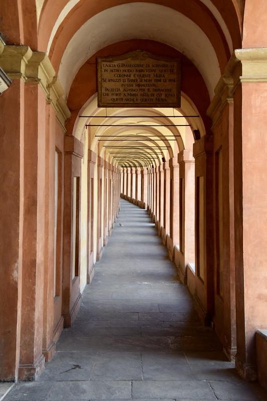 Portici di San Luca a Bologna