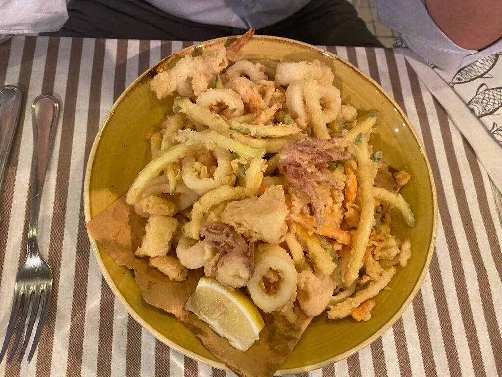 Frittura di pesce di Martino bar ristorante a Cattolica