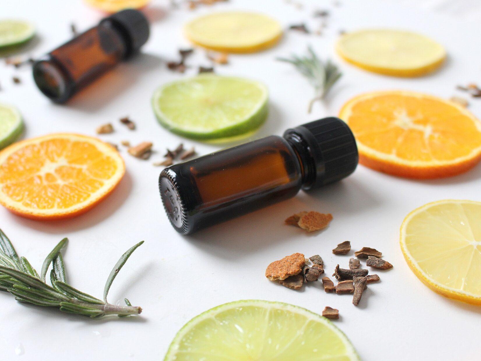 Olio essenziale di limone, utile per dare sollievo ad una gola irritata