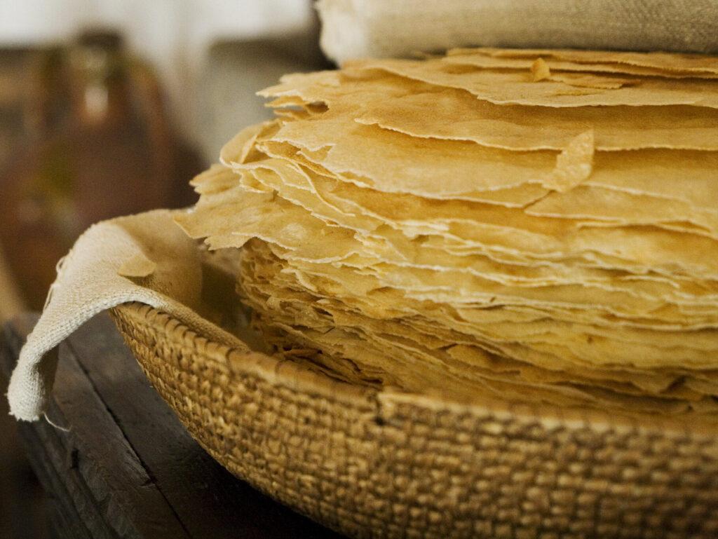 Pane Carasau o Carta da Musica, piatti tipici Sardegna